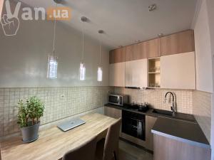 продажадвухкомнатной квартиры на улице Проценко